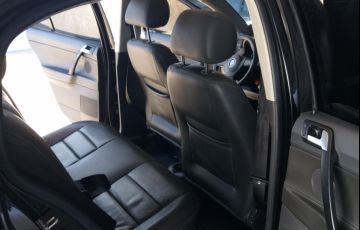 Volkswagen Polo Sedan Comfortline 1.6 8V (Flex) - Foto #5