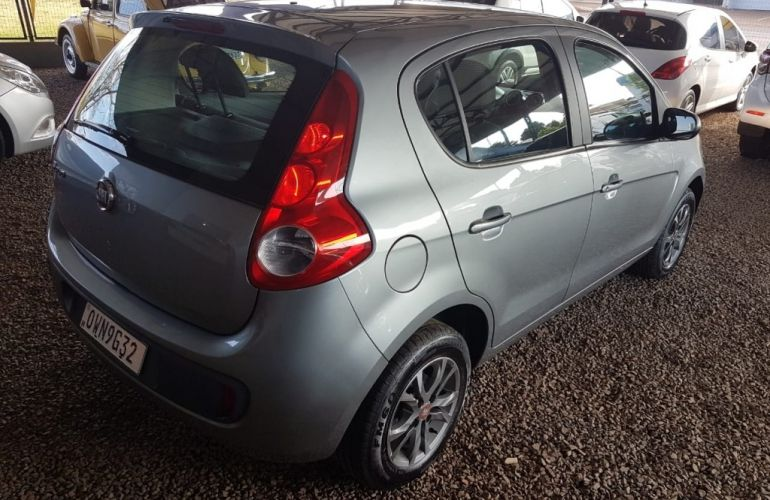 Fiat Palio Attractive 1.0 8V (Flex) - Foto #2
