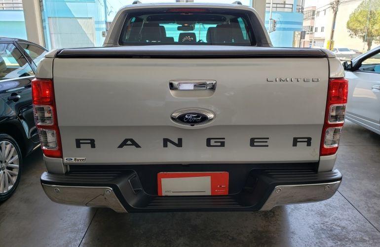 Ford Ranger 3.2 TD CD Limited Plus 4WD (Aut) - Foto #4