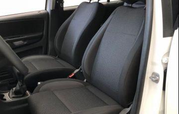 Volkswagen Fox CONNECT 1.6 MSI TOTAL Flex   MANUAL - Foto #4