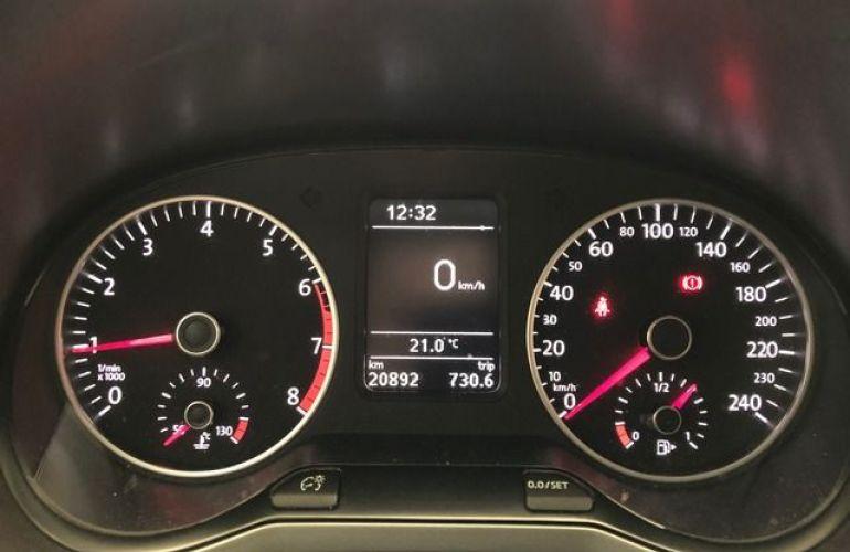 Volkswagen Fox Connect 1.6 - Foto #4