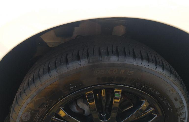 Renault Sandero GT Line 1.6 16V (Flex) - Foto #9