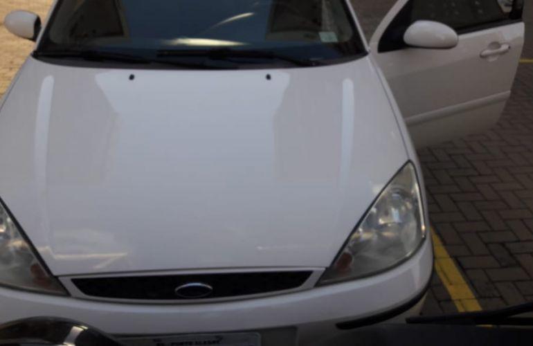 Ford Focus Sedan GLX 1.6 8V (Flex) - Foto #1