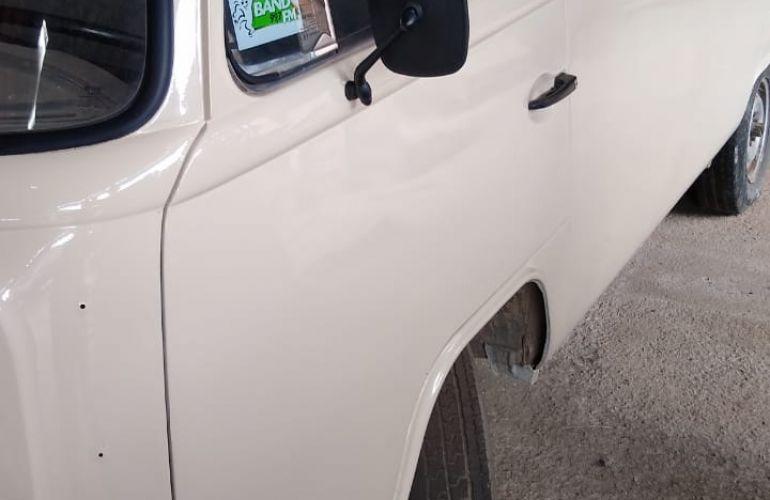 Volkswagen Kombi 1.6 - Foto #4