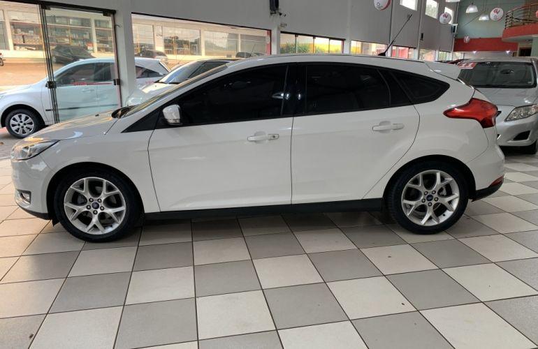 Toyota Hilux STD 4x4 2.5 (cab. dupla) - Foto #4