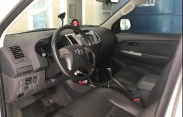 Toyota Hilux 3.0 TDI 4x4 CD SR - Foto #5