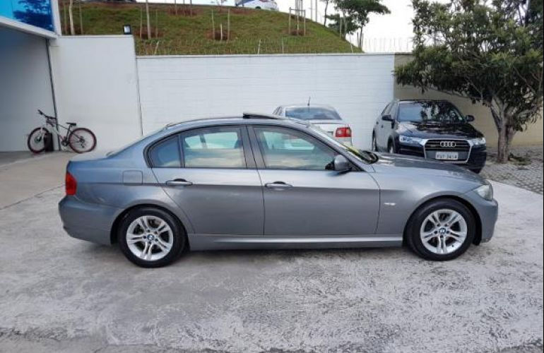 BMW 320i 2.0 Top (aut) - Foto #6