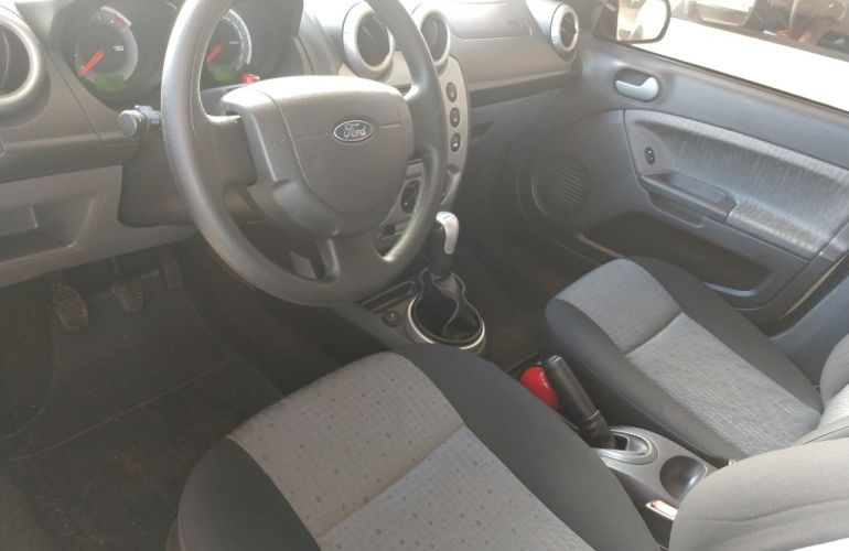 Ford Fiesta Sedan SE 1.6 Rocam (Flex) - Foto #7