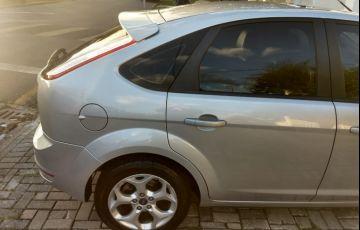 Ford Focus Hatch Titanium 2.0 16V - Foto #4