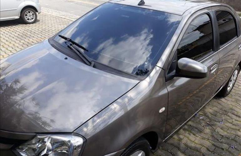 Toyota Etios Sedan XS 1.5 (Flex) (Aut) - Foto #4