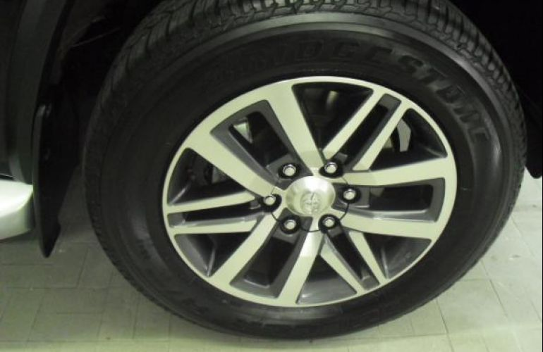 Toyota Sw4 Srx 4x4 2.8 TDi 16V Dies. Aut - Foto #6