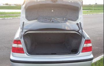 BMW 320i 3.2 - Foto #4