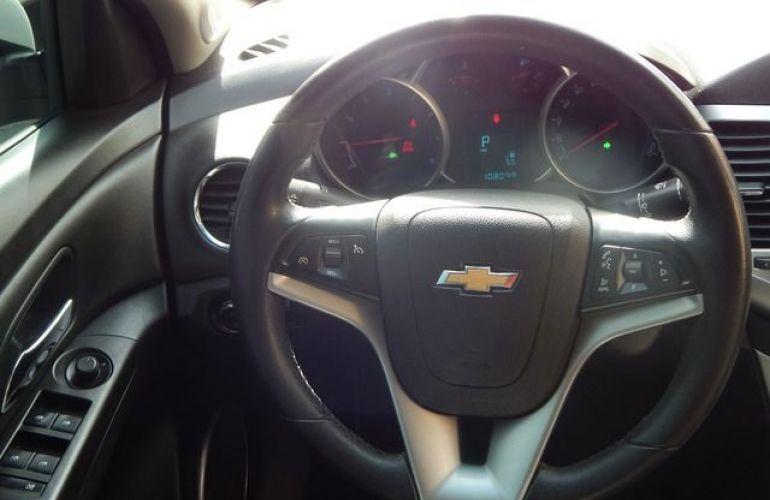 Chevrolet Cruze LT 1.8 Ecotec 16V Flex - Foto #4