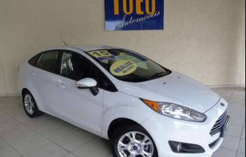 Ford Fiesta Sedan SE PowerShift 1.6