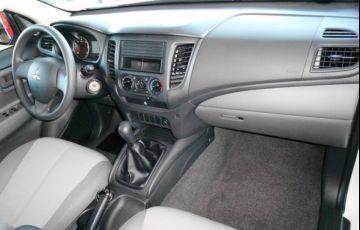 Mitsubishi L200 Triton Sport GL 2.4 - Foto #8