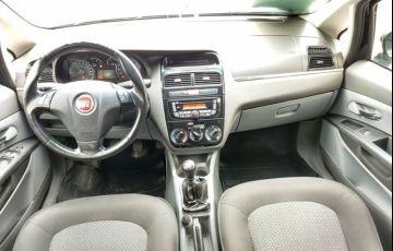 Fiat Linea Essence 1.8 16V (Flex) - Foto #9