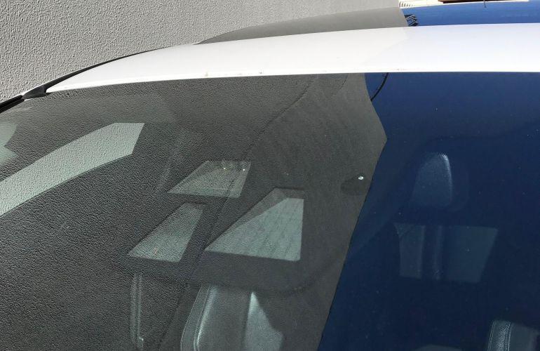 Ford Focus Hatch Titanium Plus 2.0 PowerShift - Foto #7