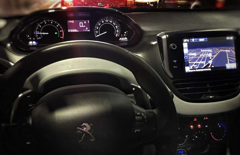 Peugeot 208 Active Pack 1.6 16V (Flex) (Aut) - Foto #1