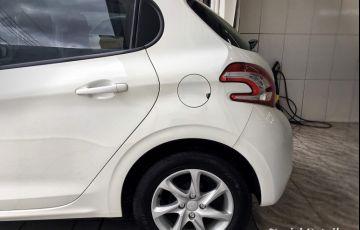 Peugeot 208 Active Pack 1.6 16V (Flex) (Aut) - Foto #2