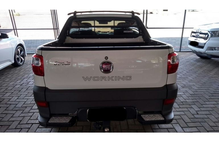 Fiat Strada 1.4 CD Hard Working - Foto #3