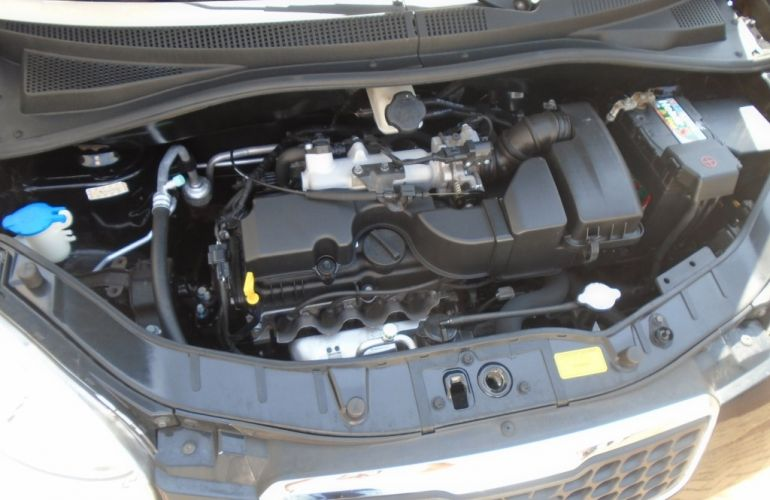 Kia Picanto 1.0 (Aut) (Flex) J368 - Foto #8