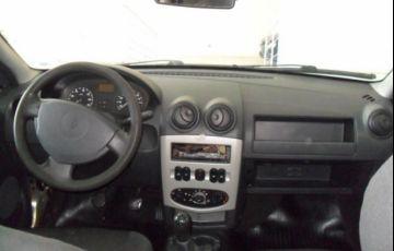 Renault Logan Authentique 1.0 16V Hi-Flex - Foto #6