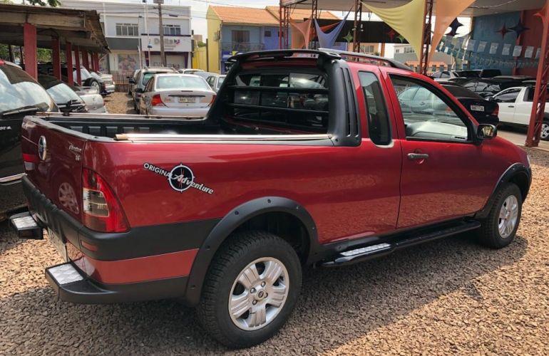 Fiat Strada Adventure 1.8 8V (Flex) (Cabine Estendida) - Foto #2