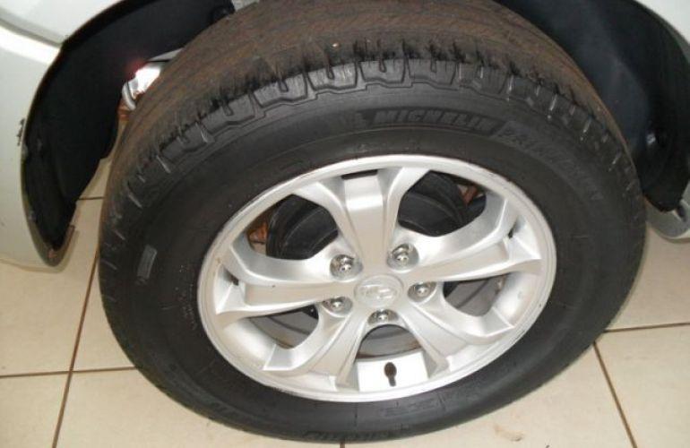 Hyundai Tucson GL 4x2 2WD 2.0 16V - Foto #8