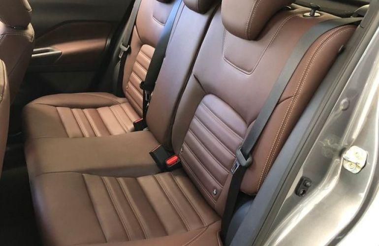 Nissan Kicks SL Xtronic CVT 1.6 16V Flex - Foto #6