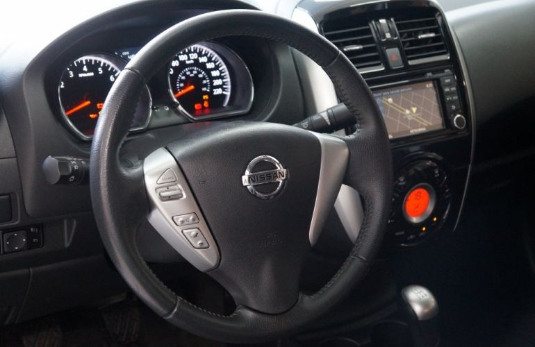Nissan Versa 1.6 16V Unique (Flex) - Foto #6
