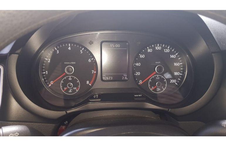 Volkswagen Fox 1.0 8V (Flex) 4p - Foto #6