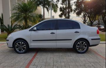 Volkswagen Polo Sedan 1.6 8V (Flex) - Foto #4