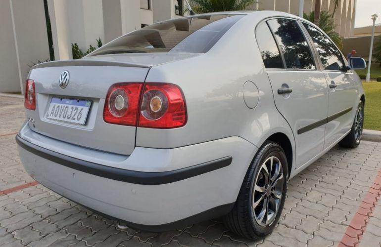 Volkswagen Polo Sedan 1.6 8V (Flex) - Foto #7