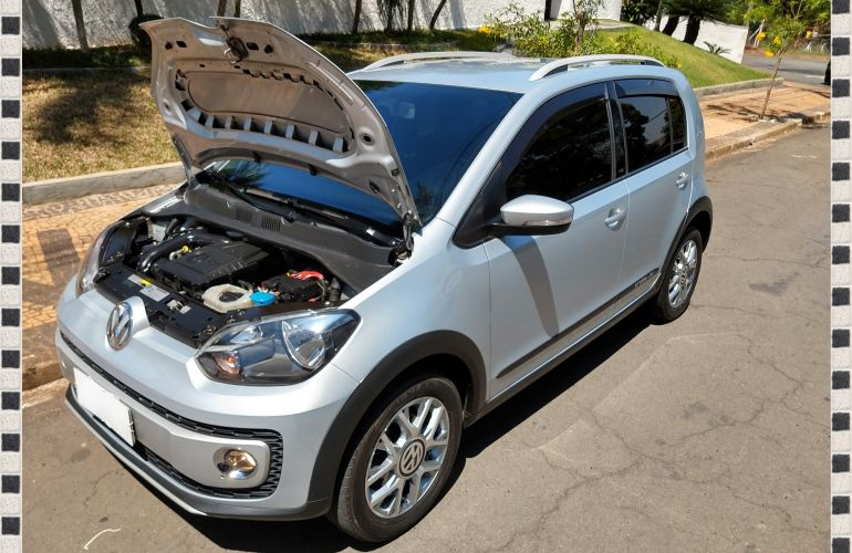 Volkswagen Up! 1.0 12v TSI E-Flex Cross Up! - Foto #9