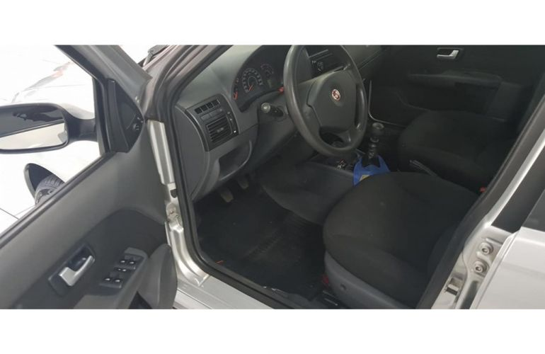 Volkswagen Fox 1.6 VHT Prime (Flex) - Foto #8