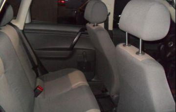 Volkswagen Polo 1.6 8V Flex - Foto #7