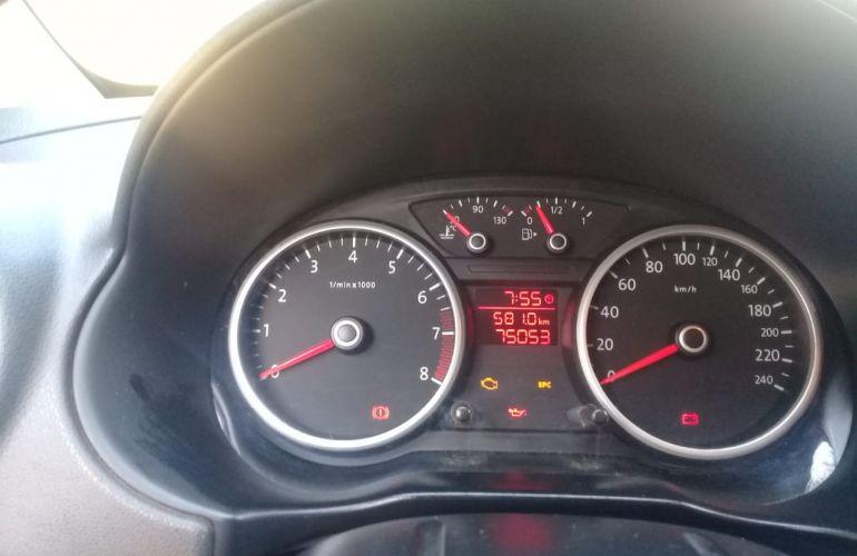 Volkswagen Voyage 1.6 Total Flex - Foto #5