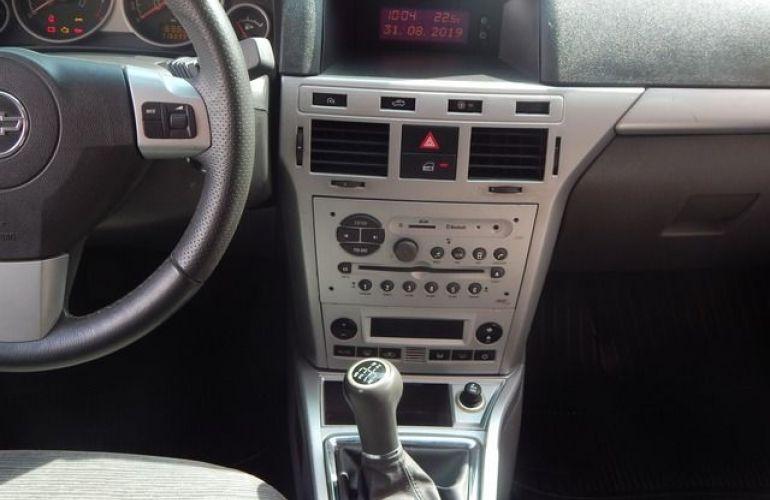 Chevrolet Vectra Elegance 2.0 Mpfi 8V Flexpower - Foto #4