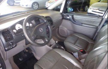 Chevrolet Zafira Elegance 2.0 (Flex) - Foto #7