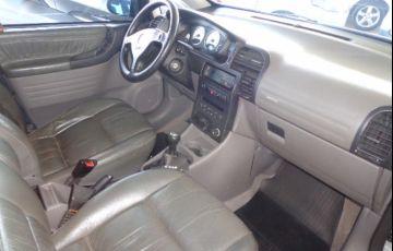 Chevrolet Zafira Elegance 2.0 (Flex) - Foto #8