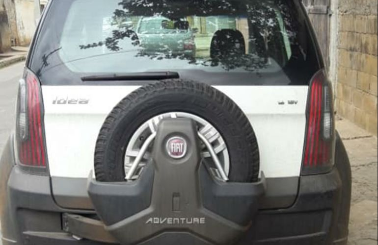 Fiat Idea Adventure 1.8 16V E.TorQ (Flex) - Foto #1