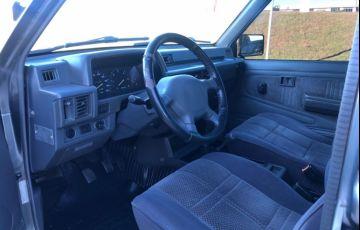 Mitsubishi L 200 GLS 4x4 2.5 Turbo (cab. dupla) - Foto #6