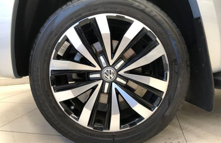 Volkswagen Amarok Highline Extreme CD 3.0 V6 4motion - Foto #8