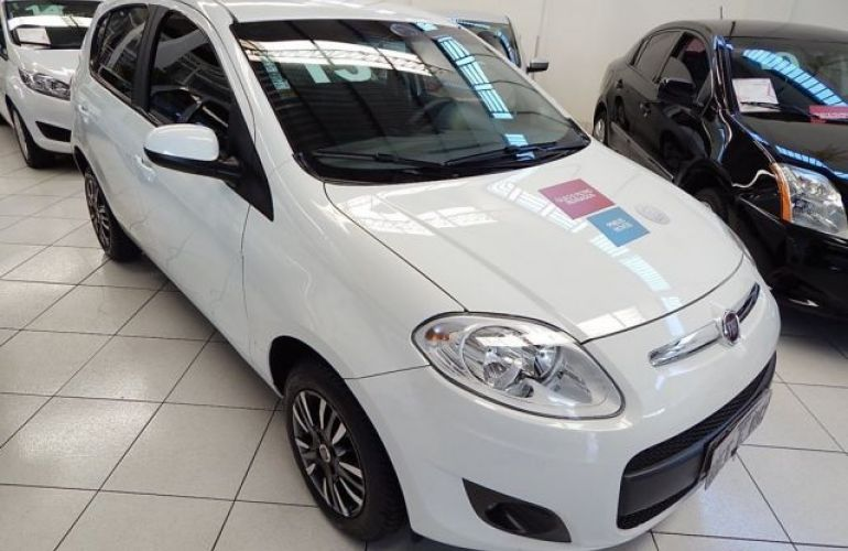 Fiat Palio Attractive 1.4 8V (Flex) - Foto #3