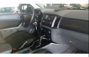 Ford Ranger 2.2 TD XLS CD 4x4 (Aut) - Foto #4