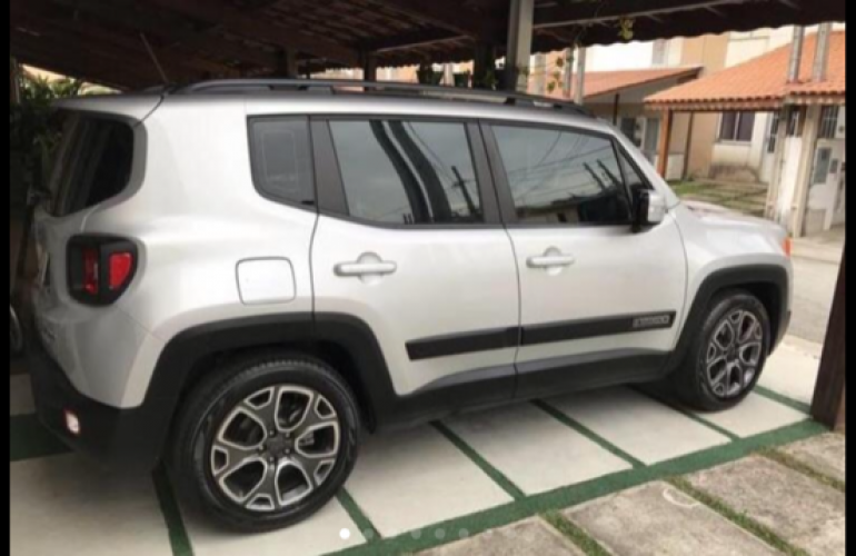Jeep Renegade Longitude 1.8 (Aut) (Flex) - Foto #6