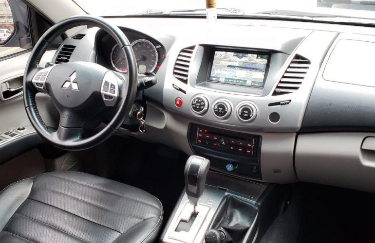 Mitsubishi L200 Triton 3.5 V6 HPE 4WD (Flex) (Aut) - Foto #1