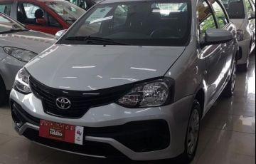 Toyota Etios X 1.3 16V Flex - Foto #3