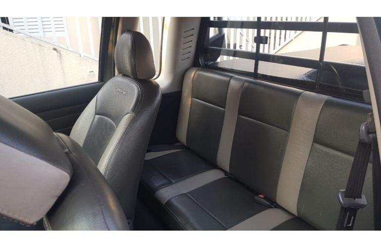Fiat Strada Adventure 1.8 8V (Cabine Estendida) - Foto #6