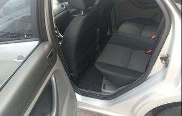 Ford Focus GLX 2.0 16V - Foto #8